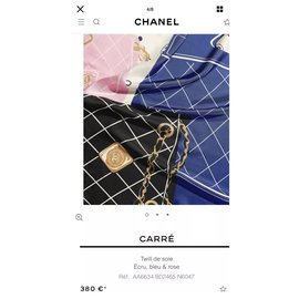 Chanel-Echarpes-Crème