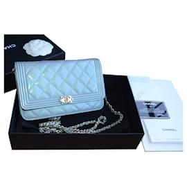 Chanel-Chanel WOC Wallet on Chain Boy bag in beige caviar leather-Blue,Golden,Light blue,Turquoise