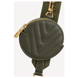 Louis Vuitton-Pochette multi LV new wave-Vert