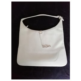 Hermès-Square E trim in white togo leather-White
