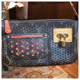 Louis Vuitton-Handbags-Brown
