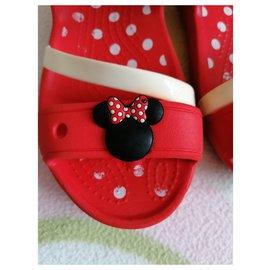 Autre Marque-Minnie Crocs-Rouge