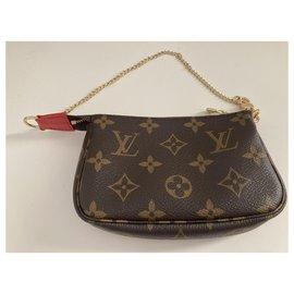 Louis Vuitton-Clutch-Taschen-Mehrfarben