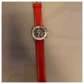 Burberry-Fine watches-Red
