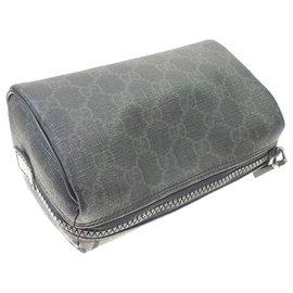 Gucci-Gucci Black GG Supreme Cosmetic Case-Black