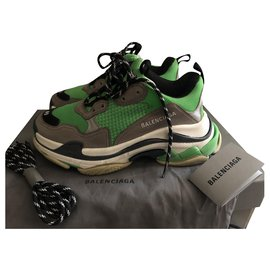 Second hand Balenciaga Sneakers - Joli