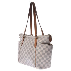 Louis Vuitton-Louis Vuitton Totally-White