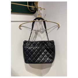 Chanel-Totes-Black,Silver hardware