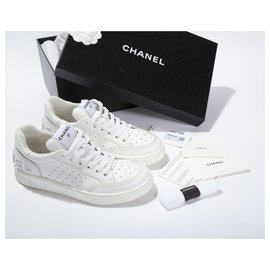 Chanel-Chanel 20P Sneakers White calf leather Leather Low Top Lace Up Trainers Size EU 38.5-White