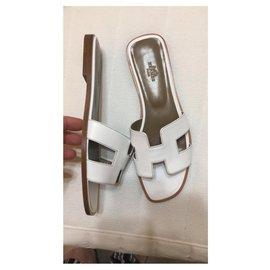 Hermès-HERMES SANDALS ORAN WHITE NEW-White