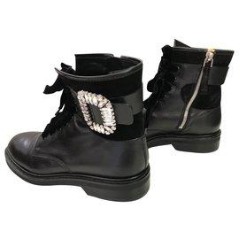 Roger Vivier-Boots-Black