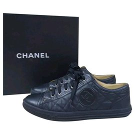 Chanel-CHANEL Logo CC Black Leather  Lace Up Sneakers Sz.38,5-Black