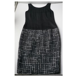 Chanel-CHANEL Two-material black silk and sublime blue tweed dress very good condition T36-Black,Navy blue