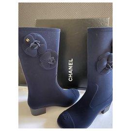 Chanel-Chanel Camellia rain boots-Navy blue
