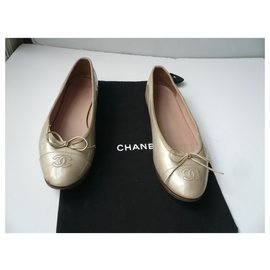 Chanel-CHANEL Iridescent beige patent leather ballerinas T41 IT Correct condition-Beige