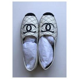 Chanel-CC Quilted Espadrilles-Black,Cream