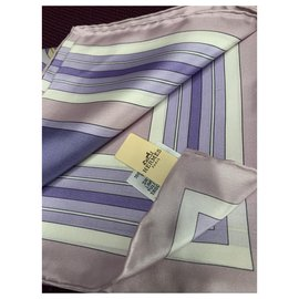 Hermès-HERMES Carres scarf 140 x 140 CM TWILL-Pink