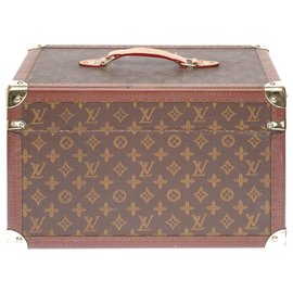 Louis Vuitton-Superb and Rare Louis Vuitton chest of drawers in monogram canvas with stencil-Brown