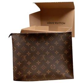 Louis Vuitton-Poche toilette 26-Marron foncé