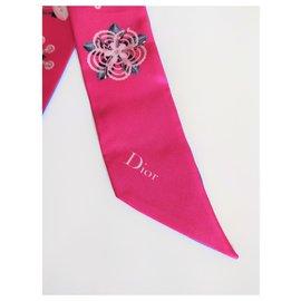 Dior-Twilly Mitzah Dior-Fuschia