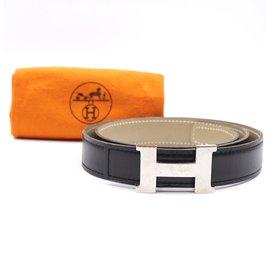 Hermès-Hermes 24mm Constance Silver H Reversible Size 75 belt-Black