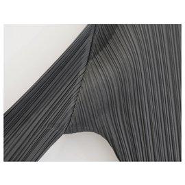 Issey Miyake-Plis gris acier Please Top-Gris anthracite