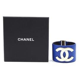 Chanel-Chanel Gold Blue CC Glide Lock Leather Bangle-Blue