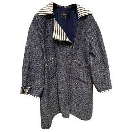 Chanel-Manteaux, Vêtements d'extérieur-Blanc,Bleu