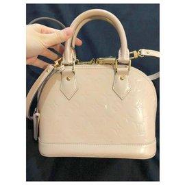 Louis Vuitton-Handbags-Beige