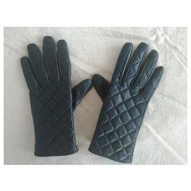 Sandro-Gloves-Black