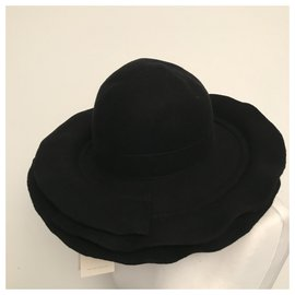 Comme Des Garcons-Hats-Black