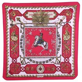 Hermès-Ludovicus magnus, newsboy with box.-White,Red