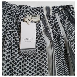 Cecilie Copenhagen-Tops-Black,White