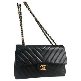 Chanel-Vintage chevron classic flap-Black