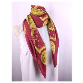Hermès-Foulards de soie-Rouge,Doré