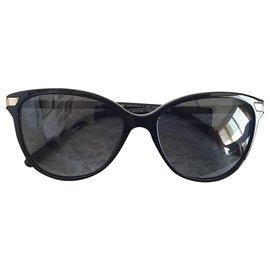 Burberry-b4216-Black,Multiple colors