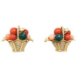 """Van Cleef & Arpels-Boucles d'oreilles Van Cleef & Arpels """" Paniers de fruits"""" en or jaune, corail, chrysoprases et diamants.-Autre"""