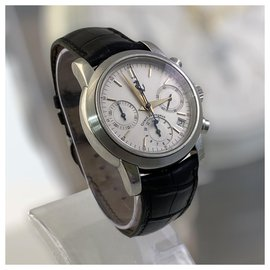 Girard Perregaux-Girrard Perregaux Ferrari Chronograph-Silvery