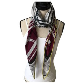 Hermès-large cashmere & silk triangle-Grey