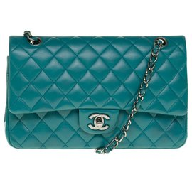 Chanel-Beautiful Chanel Timeless handbag 2.55 in green nappa leather, Garniture en métal argenté, In very good shape !-Green