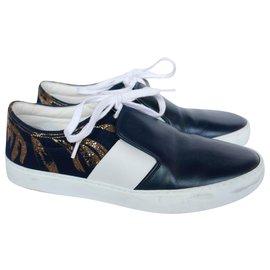 Chanel-Resort 18 Sneakers-Navy blue