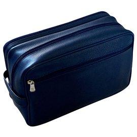 Longchamp-Longchamp toiletry bag-Blue