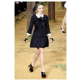 Chanel-7K$ jacket with brooch-Black