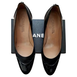 Chanel-Chanel pumps in very good condition-Black