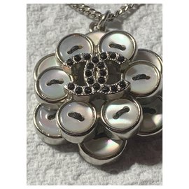 Chanel-Very nice Chanel Necklace / Pendant in Silver Metal-Silver hardware