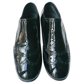 Chanel-CHANEL Derbies cuir vernis élastiques T40 IT B.ETAT-Noir