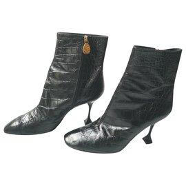 Chanel-CHANEL Craftsmanship croc-effect leather boots 2018/2019 _- T41 IT-Black