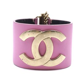 Chanel-Chanel Gold Pink Leather Wide CC Glide Lock Bangle-Pink