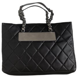 Chanel-Quilted Dark Brown Caviar  Leather Tote-Dark brown