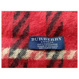 Burberry-Scarf-Red